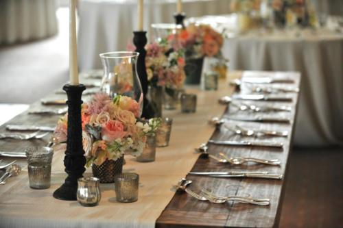 Martin - farm table