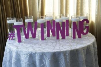 Twinning candle lighting